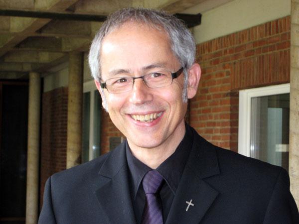Prof. Dr. Bernd Lutz